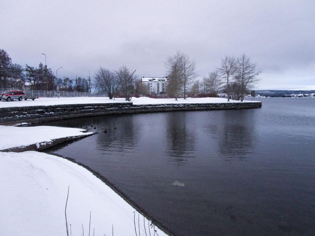 Der Hafen im Winter.