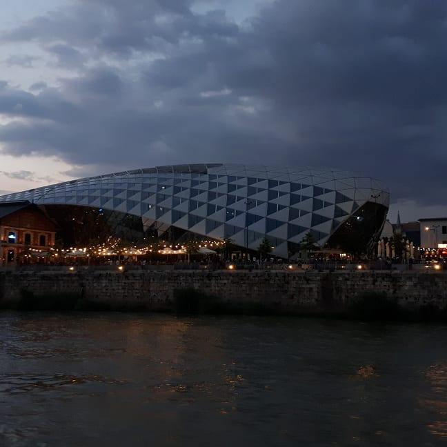 Eine Markthalle in Budapest