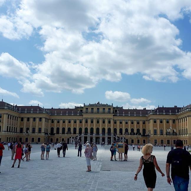Schönbrunn ist immer gut besucht