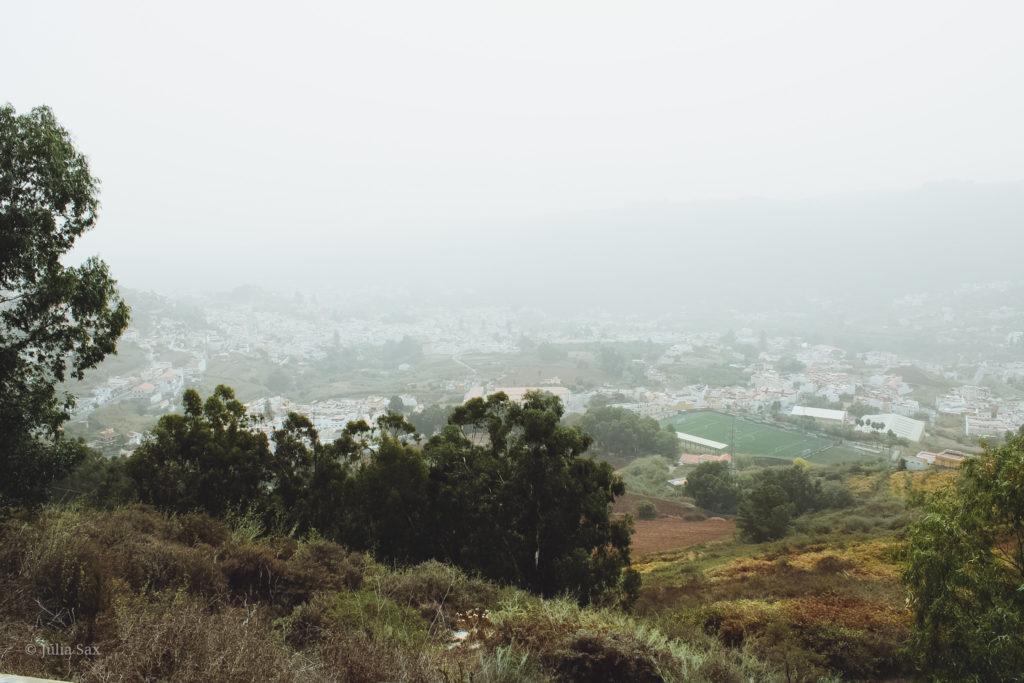 Die Calima über dem Landesinneren